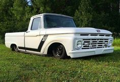 Vintage Trucks - By Scotty Gilbertson This bagged and dragged 1964 Ford Custom is one cool ride! Normally I'm a keep-it-original guy, but I really like this one. Old Ford Trucks, Old Pickup Trucks, Hot Rod Trucks, Chevrolet Trucks, New Trucks, Diesel Trucks, Custom Trucks, Cool Trucks, 1957 Chevrolet