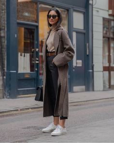 winter outfits blackgirl winter outfits casual,winter outfits cold,winter outfits for teen girls,winter outfits formales. Winter Outfits For Teen Girls, Comfy Fall Outfits, Winter Outfits For Work, Winter Outfits Women, Casual Winter Outfits, Winter Fashion Outfits, Autumn Winter Fashion, Winter Outfits 2019, Black Women Fashion