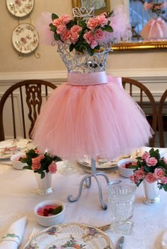 The stage is set for dinner at the ballet; recipes for our ballerina-perfect menu tomorrow! Paris Party Decorations, Valentine Decorations, Baby Shower Decorations, Quinceanera Decorations, Barbie Birthday, Princess Birthday, Princess Party, Happy Birthday, Menu Communion