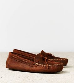 Minnetonka Original Cowhide Driving Moc Style: 7210-4815 | Color: 200
