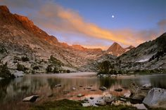 High resolution nature desktop wallpaper of Full Moon Rising At Sunset Over Evolution Lake, Along The Jo (ID: John Muir Trail, Pacific Crest Trail, Exotic Places, Outdoor Life, Outdoor Stuff, California Travel, Go Camping, State Parks, Wilderness