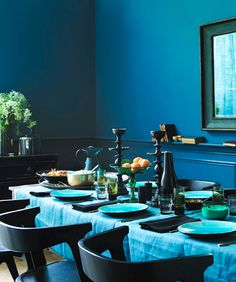 this is the most relaxing-looking dining room in the history of mankind.