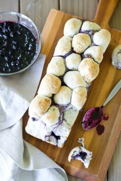 Blueberry Brie Pull-Apart Bread