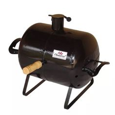 How to season a charcoal grill? Find out how you can season your grill with the help of my seasoning procedure and tips that will help you with this task. Outdoor Grill Area, Diy Grill, Grill Design, Charcoal Grill, Outdoor Cooking, Barbecue, Diy And Crafts, Grilling, Diy Projects