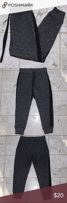 Sweatpants/Joggers! Super comfy & warm sweatpant material joggers! Perfect to lounge around or dress up to go out! Only worn a couple time! Look brand new! All offers welcome :) American Eagle Outfitters Pants Track Pants & Joggers
