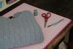 sweater bag by perched on a whim, via Flickr
