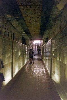 Valley of the Kings. KV34, Tomb of Thutmose III.