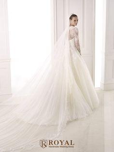 板橋蘿亞手工婚紗 Royal handmade wedding dress 婚紗攝影 購買婚紗 單租婚紗 西班牙 Pronovias BESTINE
