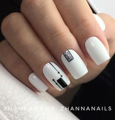 45 White Matte Nail Art Designs for 2018 - NailArts Black And White Nail Art, White Nails, Black White, Matte Nail Art, Acrylic Nails, Art Nails, Geometric Nail, Minimalist Nails, Best Nail Art Designs