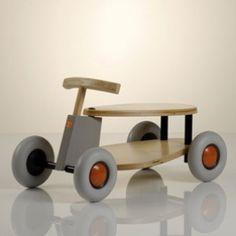 Make Shopping For Toys A Breeze With This Advice. Toys are beloved by children all over the world. Balls, dolls, puzzles, games, and many other toys are able to allow the kid to have fun and be filled with Wooden Ride On Toys, Wood Toys, Toddler Toys, Baby Toys, Wood Car, Wood Projects, Woodworking Projects, Latest Kids Toys, German Toys
