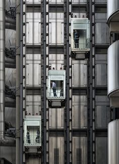 The Lloyd's Building aka the Inside-Out Building, Lime Street, London by Richard Rogers Lloyd's Of London, London City, London Architecture, Architecture Details, Architectural Technologist, Richard Rogers, Glass Lift, Architectural Engineering, Futuristic Home