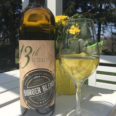 {ig_username} Burger Blend Riesling / Pinot Grigio now available! Come celebrate on Sat May 28 with us and try both our Burger Blend wines! National Burger Day, Specialty Foods, Sparkling Wine, Perfect Food, Wine Country, Username, Wine Recipes, White Wine, Wines