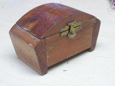 vintage handmade cedar box bermuda number by recupefashionnstuff, $8.00