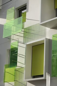 Nova Green, Bordeauy, France by Agence Bernard Bühler Architects Like the simple lines Architecture Design, Minimalist Architecture, Green Architecture, Facade Design, Residential Architecture, Amazing Architecture, Exterior Design, Installation Architecture, Glass Building