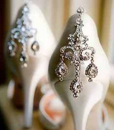 all of the sudden, vintage earrings and shoes look so meant for each other.