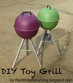 Red Write Returning: DIY Christmas: Felt Food - Toy Grill-If she's getting a kitchen she NEEDS a grill for summer