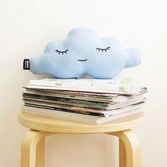 Cloud XS Celeste Blue. Made in Spain #cushion #pillow #cloud #baby #kids  #gift #babies #kidsroom #cojin #nube #niños #diseñodeinteriores #interiordesign #design #diseño #regalo #madeinspain #hechoenespaña #deco #original #habitaciondeniños