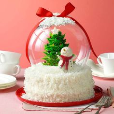 "deweydell25: "" Holiday Snow Globe Cake Great idea! """