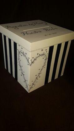 Caja alcancia boda personalizada  20×20×20 xcm.