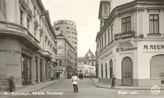 Str. Doamnei Little Paris, Bucharest Romania, Old City, Timeline Photos, Time Travel, Amen, Tourism, Beautiful Places, Street View