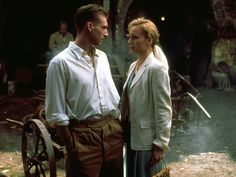 The discovery of a severely burned survivor of a plane crash in the Sahara during WWII begins an epic melodrama of love and war. Movies Showing, Movies And Tv Shows, Hollywood Fashion, Hollywood Style, Le Patient Anglais, Anthony Lane, Gary Jones, The English Patient, Kristin Scott Thomas