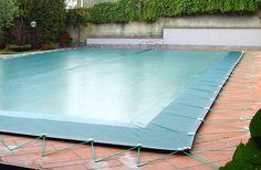 Coperture Invernali per piscina per proteggere la piscina nei periodi di inutilizzo durante la stagione fredda