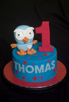 Looking for simple birthday cake ideas that will please any child? Scroll these kids birthday cakes and cupcakes i to find the perfect recipe. Owl Cake Birthday, Owl Birthday Parties, Cool Birthday Cakes, Birthday Ideas, 2nd Birthday, Take The Cake, Cake Decorating Tips, Cakes For Boys, Pretty Cakes