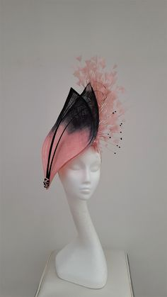 Black Hat Dress - Hat Rack Vintage - Baby Hat Carters - Wedding Hat For Men - Facinator Hats, Black Fascinator, Fascinators, Headpieces, Fascinator Headband, Melbourne Cup, Philip Treacy Hats, Royal Ascot Hats, Millinery Hats