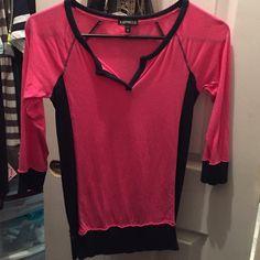 Raglan style shirt 3/4 sleeve too Express Tops Tees - Short Sleeve