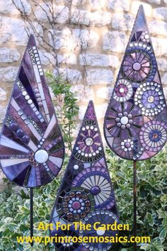 Add the Perfect Focal Point for your Garden with Beautiful Mosaic Art.