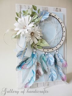 Łapacz snów (Gallery of handicrafts) Diy Crafts And Hobbies, Beautiful Dream Catchers, Feather Cards, Mixed Media Cards, Leaf Cards, Wooden Tags, Object Drawing, Beautiful Handmade Cards, Flower Cards