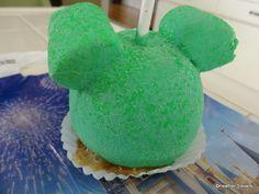 Dining in Disneyland: New Mickey Sour Powder Caramel Apple and Goofy Caramel Apple Tutorial Disney Desserts, Disney Snacks, Disney Recipes, Disney Food, Disney Stuff, Dining At Disney World, Disney Dining, Disneyworld Dining, Carmel Candy