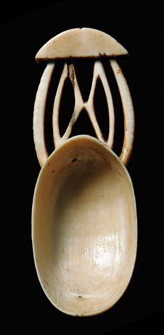 Africa | Spoon from the Boa people of DR Congo | Ivory; shiny beige patina
