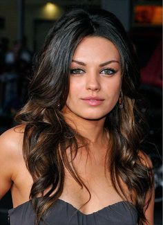 2015 Long Haircuts For Round Faces New Collection Long - Best Frisuren ideen Long Curly Hair, Long Hair Cuts, Long Hair Styles, Round Face Haircuts, Hairstyles For Round Faces, Shoulder Length Hair Updos, Ombre Hair, Wedding Hairstyles, Hair Beauty