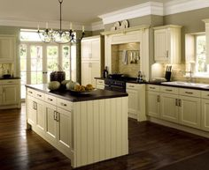 Trendy Kitchen Colors For Walls Green Black Countertops Cream Colored Kitchen Cabinets, Kitchen Cabinet Colors, White Kitchen Cabinets, Kitchen Colors, Cream Cabinets, Kitchen White, Black And Cream Kitchen, White Cupboards, Black Cabinets