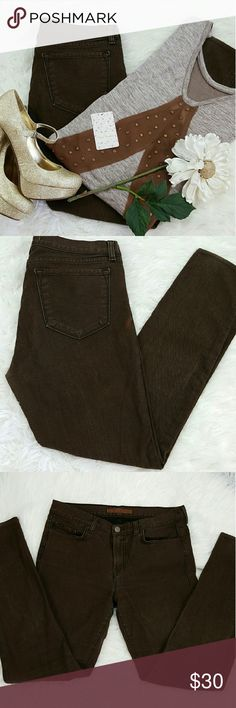 """💞SALE💞 J BRAND Brown Skinny Denim Jeans Awesome  J BRAND Brown Skinny Denim Jeans 27"""" Inseam 9"""" Rise 6"""" Ankle opening 99% Cotton 1% Spandex. Has few light spots as seen in last photo. Perfect for winter with boots. J Brand Jeans Skinny"""