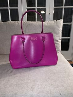 Very good condition and well taken care of. This Bag can also hold a laptop inside. Kate Spade Totes, Kate Spade Tote Bag, Tote Bags, Laptop, Tote Bag, Totes, Laptops