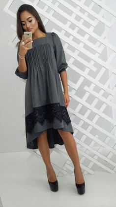 Платье шикарное стильное клешное каскадный пошив с кружевом серый