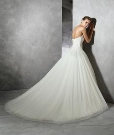 TAYA, Wedding Dress 2016