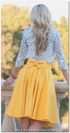 Outfits For Casual Occasions in Spring 2019 - Awesome Outfits - Outfit Trends Today Look Fashion, Spring Fashion, Womens Fashion, Girl Fashion, Fashion Ideas, Retro Fashion, Modern 50s Fashion, Modest Fashion, Vintage Fashion