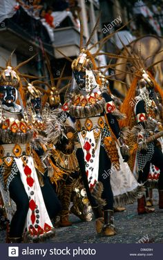 *ALCOY ALICANTE SPAIN ~ MOORES & CHRISTIANS FESTIVAL: People Dressed In Moorish Costumes In Parade
