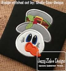 christmas applique designs – Vyhľadávanie Google Christmas Applique, Christmas Snowman, Applique Embroidery Designs, Machine Embroidery, Applique Pillows, Satin Stitch, Sketch Design, Baby Shower, Sewing