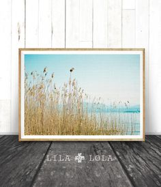 Print de la plage, eau roseaux montagnes océaniques, imprimable Wall Art, photographie de paysage de Nature, Decor côtières, scène de l