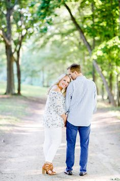 Gorgeous location for a session! | Charlotte wedding, Charlotte wedding vendors, engagement, engagement session, NC wedding, NC wedding vendors | Photography @juliafayphoto