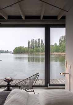 Articles about how do berlin rent out modern house boat. Dwell is a platform for anyone to write about design and architecture. Interior Exterior, Interior Architecture, Interior Design, Sustainable Architecture, Residential Architecture, Contemporary Architecture, Ok Design, House Design, Floating House