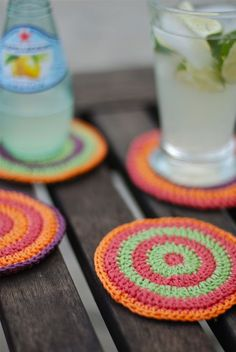 If you knit or crochet then you must be wondering what to do with all that leftover yarn. Well, we have just what you need – 10 awesome ways to use yarn scrap. From tiny butterflies and rabbits to vases, coasters or bookmarks, we are sharing fun and useful ideas that you'll surely love. So don't even think about throwing all that leftover yarn. Use it to make something awesome instead. All you need to do is to pick your favorite project and start knitting, crocheting, crafting…