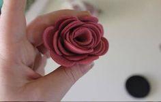 Nursery Crafts, Felt Roses, Flower Crafts, Brooch, Flowers, Handmade, Blog, Accessories, Easter
