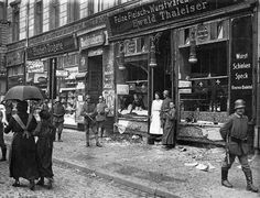 Smashed grocery store windows in Berlin, 1919