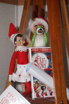 "The Elf on the Shelf : Doe brings ""An Elf's Story"""