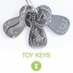 Made of 100 percent Stainless Steel, safe and non toxic for your baby and completely made, assembled and shipped in USA 🇺🇸 SHOP NOW: kleynimals.com #kleynimals #supportsmall #madeinusa